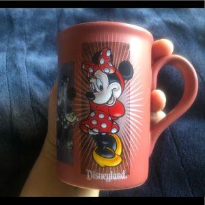 Disneyland pink paneled Minnie Mouse mug EUC
